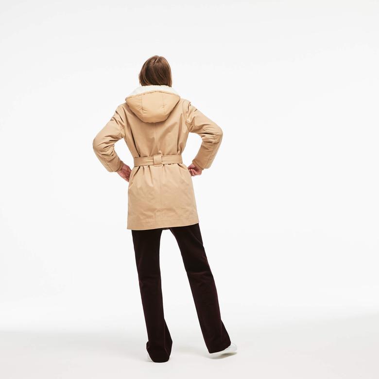 Lacoste Kadın Çıkarılabilir Kapüşonlu Ceketli Bej Mont
