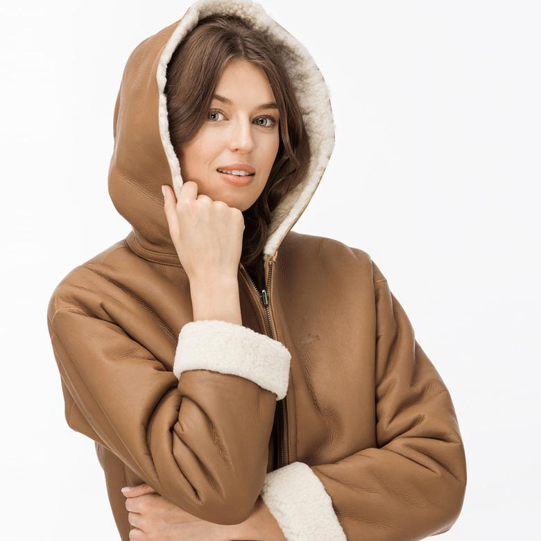 Lacoste Kadın İçi Kürklü Kahverengi Deri Mont