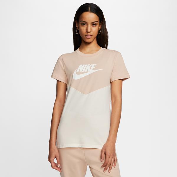 Nike Heritage Kadın Bej T-Shirt