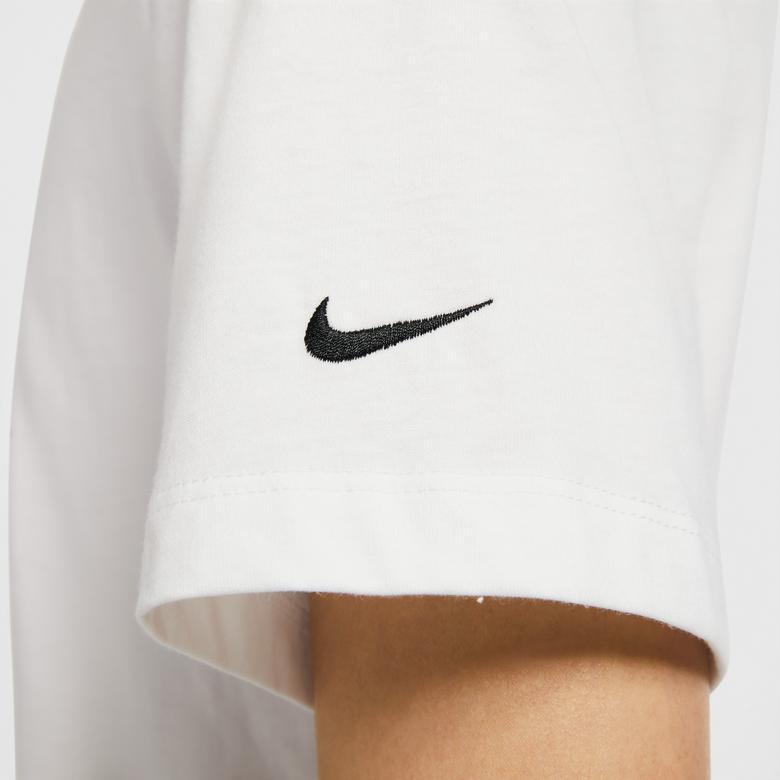 Nike Sportswear Swoosh Erkek Beyaz T-Shirt
